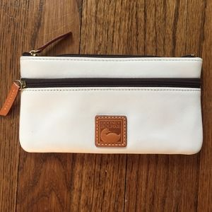 Dooney Bourke wallet in white leather